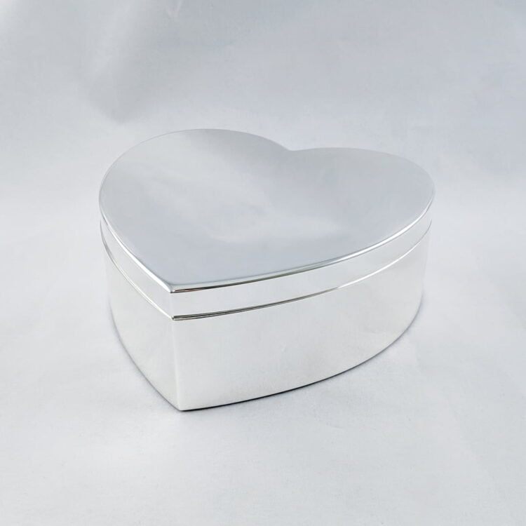 Silver Heart Jewellery Box 1
